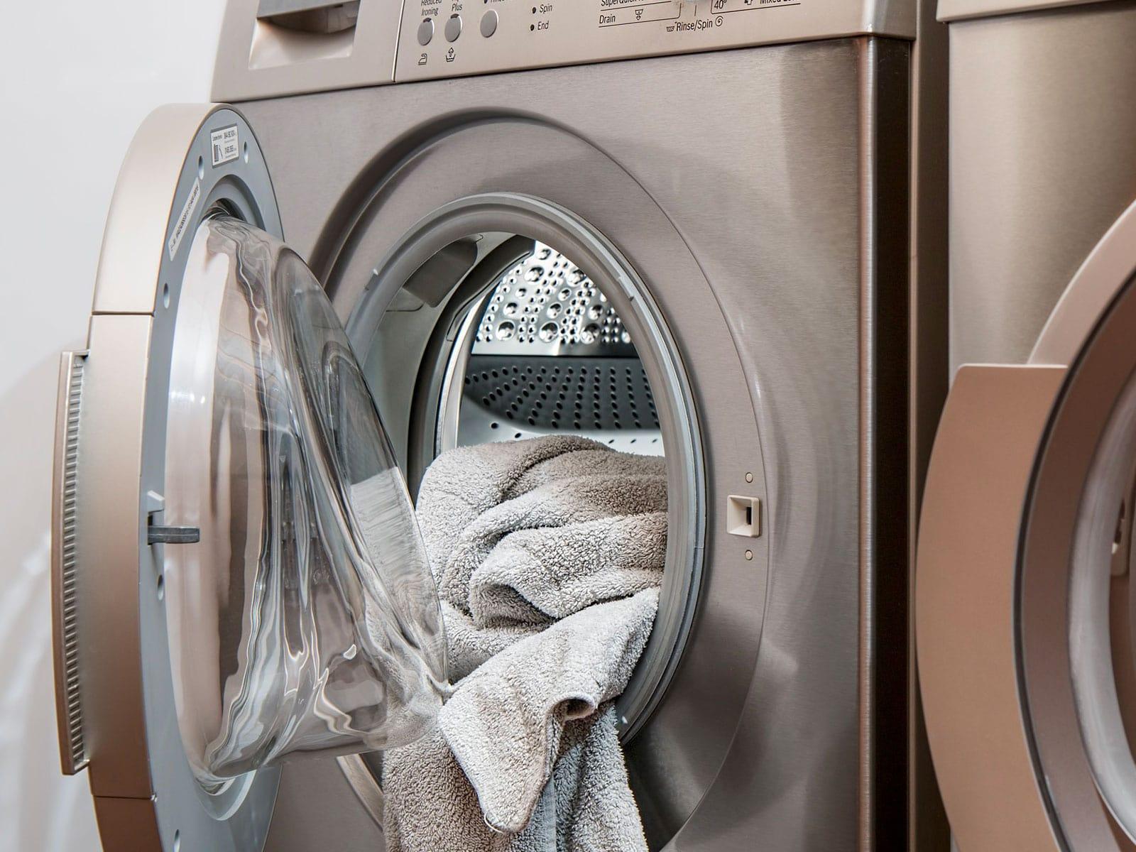 Wasvoorschriften van kousen en panties met graduele compressie